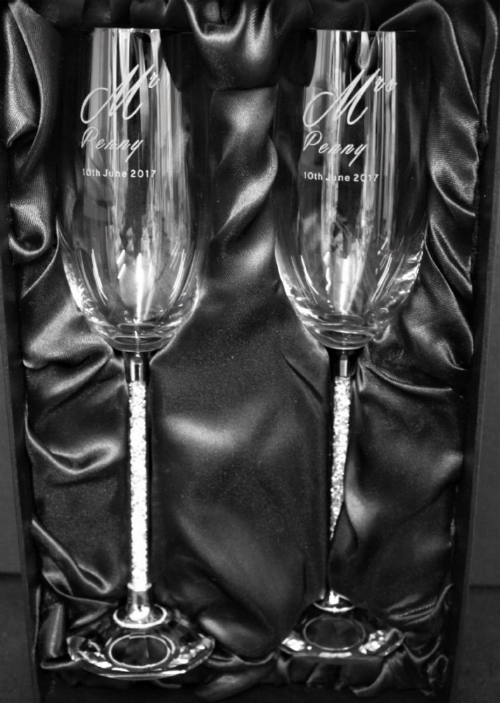 Engraved Pair Diamante Flutes